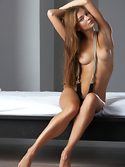 Teen softcore model in quality erotic pics